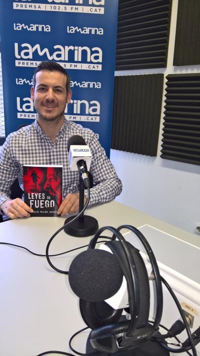 Yo en Radio Marina FM